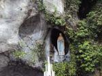 Santuário de Nossa Senhora de Lourdes em Notre Dame
